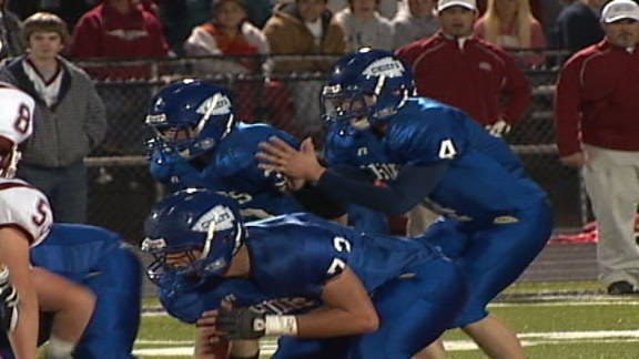 Berryhill Sends Dewey Packing, Advances to Championship