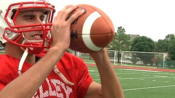 Bishop Kelley Comet Has Record-Setting Hands