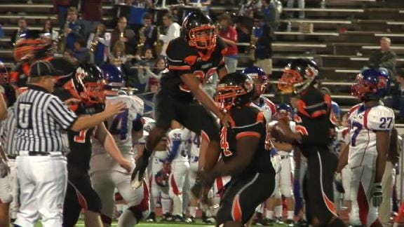 Booker T's Fall from Grace Shakes Up 5A Playoffs