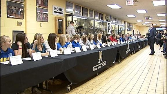 Broken Arrow Holds Signing Day