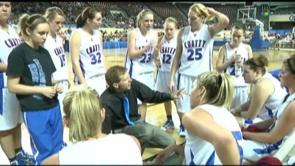 Chattanooga Girls Withstand Late Push to Make First Finals