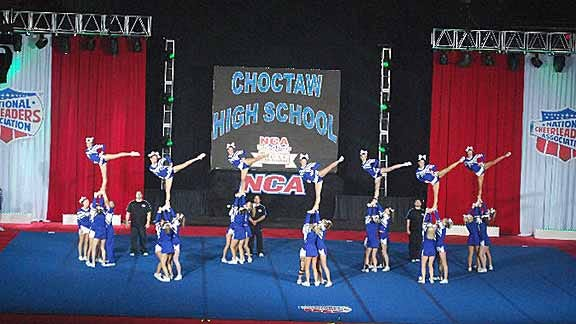 Choctaw Cheers its way to National Title