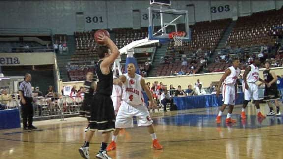 Douglass Stays Alive With Narrow Win over Woodward