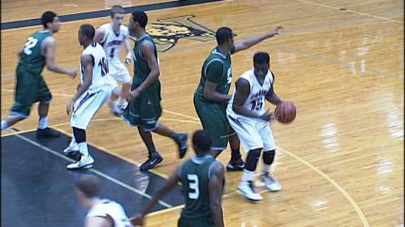 Edmond Memorial Beats Rival to Advance to State