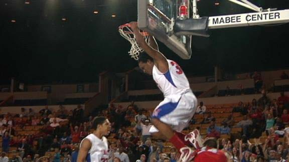 Memorial Takes Down Claremore, Advances to Finals