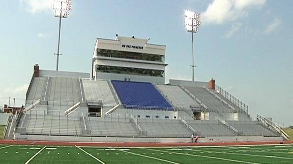 Pioneer Stadium Suits Many