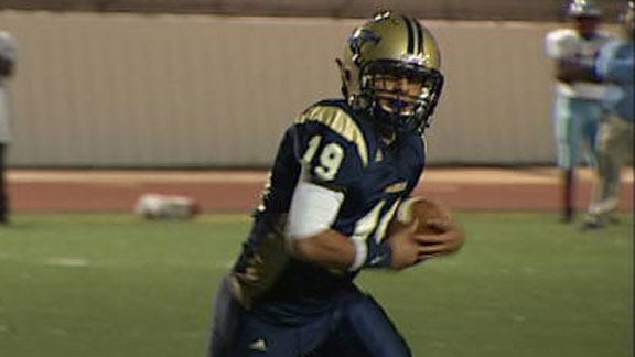 Southmoore Escapes With Game-Winning Field Goal