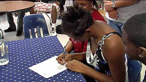 Star Spencer's Campbell Signs with Oklahoma