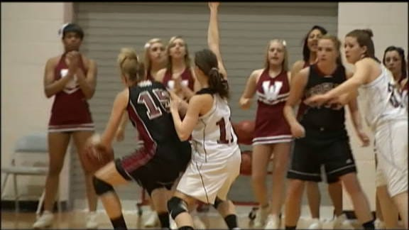Weatherford Routs Wagoner to Advance