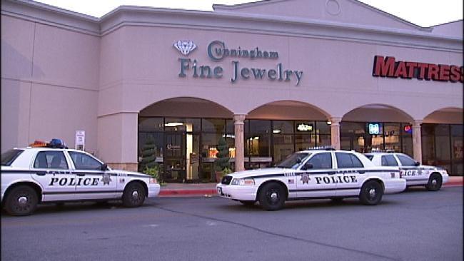 Tulsa Police Arrest 4 In Cunningham Jewelry Robbery