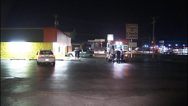 Tulsa Restaurant Worker Robbed, Pistol Whipped