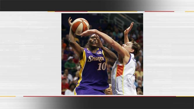 Tulsa Shock Adds Doneeka Lewis To Roster