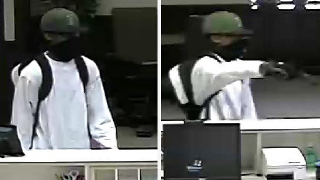 Lone Robber Hits Tulsa Bank On South Lewis