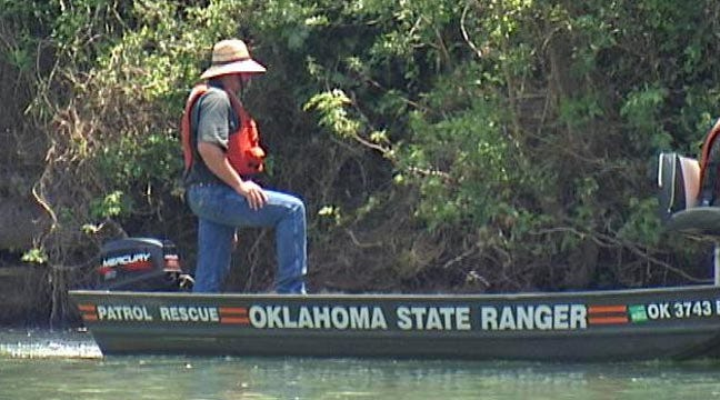 Officials Warn Of Illinois River High Water Dangers