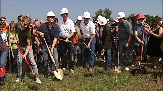 Mass Tulsa Groundbreaking Held For New Admiral Twin Drive-In