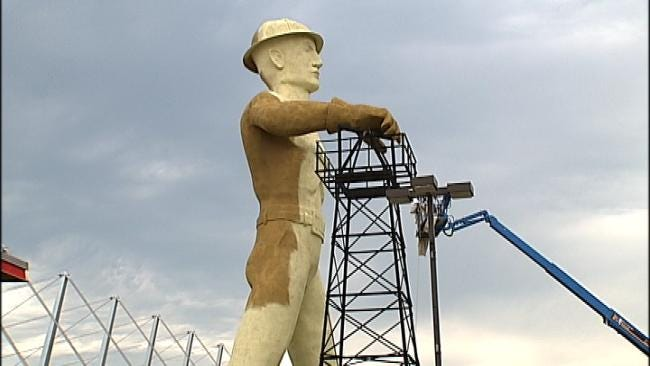 New Coat Of Paint For Tulsa's Golden Driller