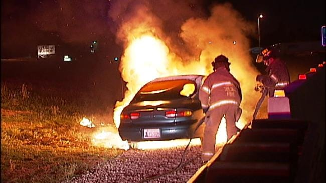 Fire Destroys Abandoned Car On Downtown Tulsa Highway