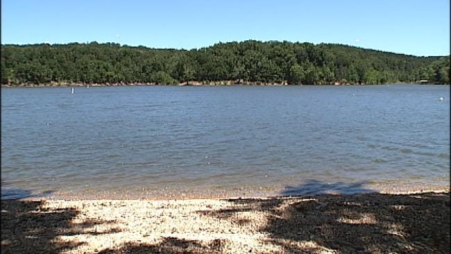 Toddler Dies At Grand Lake After SUV Rolls Into Water