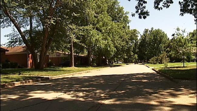 Tulsa Police Warn Of Alarm Company Going Door-To-Door
