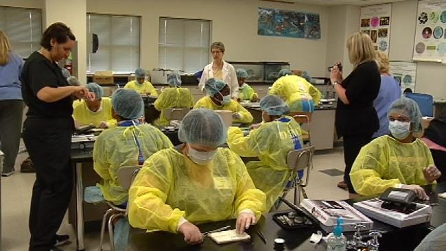 'MASH' Camp Gives Tulsa High School Students Career Practice