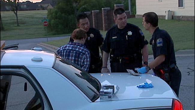 Teen Tries To Burglarize Car With Tulsa Police Officers Inside