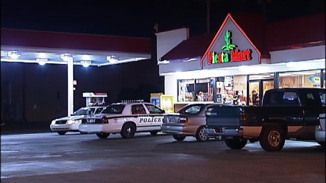 Tulsa Police Catch Robber Running With Fiesta Mart Cash Drawer