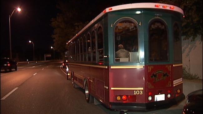 Tulsa Police Stop Party Bus Of Bishop Kelley High School Students