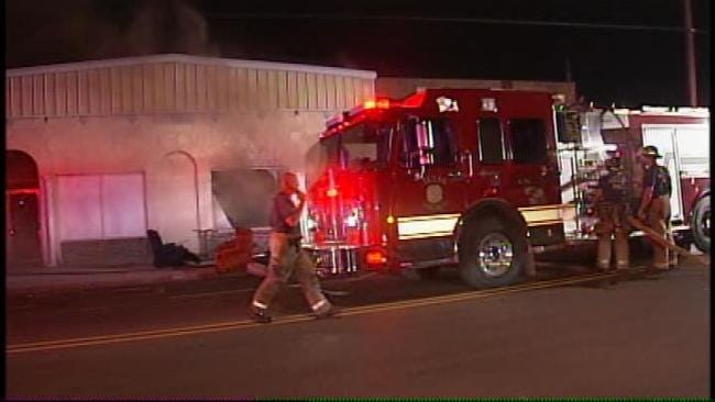 Second Time In Two Days Tulsa Fire Extinguishes Building Fire