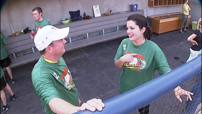 News On 6 Helps Hit 'Homerun For The Homeless'