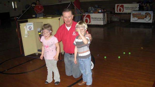 Trav's Wild Weather Camp Stops At Inola Elementary
