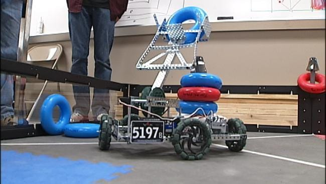 Claremore Students To Compete In Robot Competition