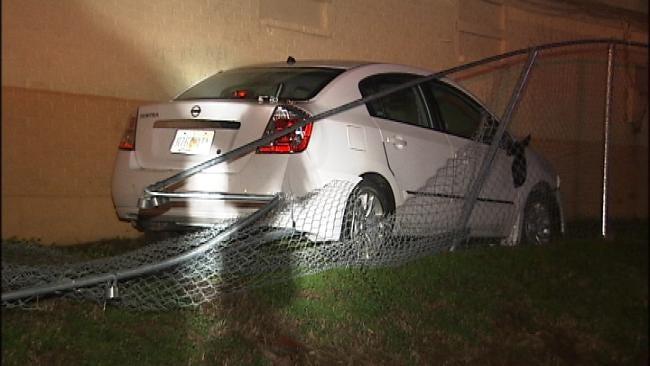 Sapulpa Police Make DUI Arrest After Driver Crashes Through Fence