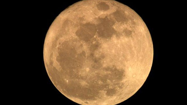 'Super' Full Moon Shines Across Oklahoma