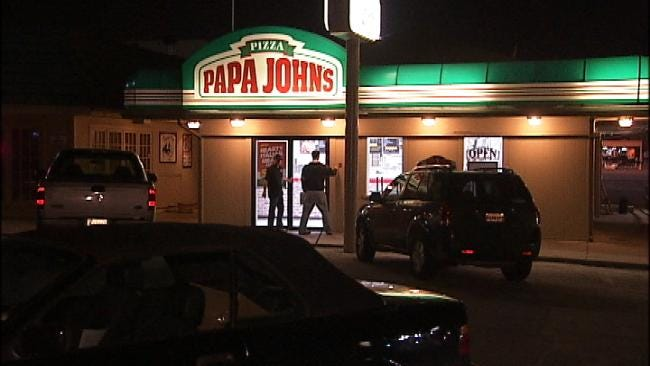 Two Robbers Take Cash From Three Tulsa Pizza Restaurants