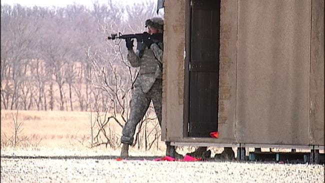 Oklahoma Soldiers Treated To Send-Off Dinner