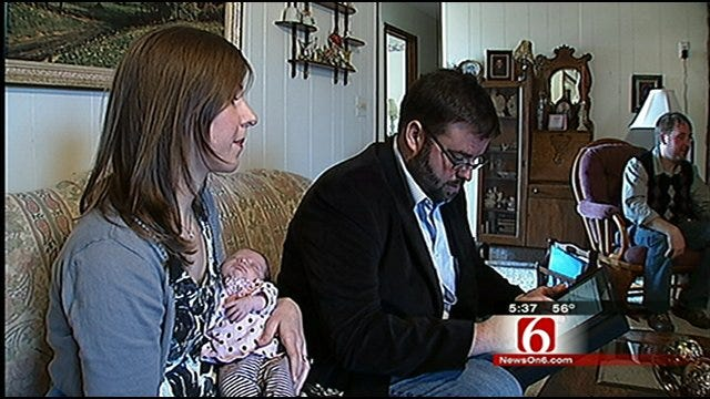 Oklahoma Family Flees Cairo To Find Safe Place To Deliver Baby