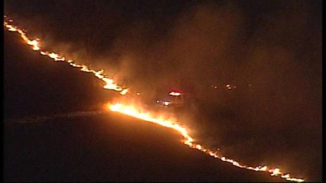 West Tulsa Grass Fire Threatened Homes, Schools