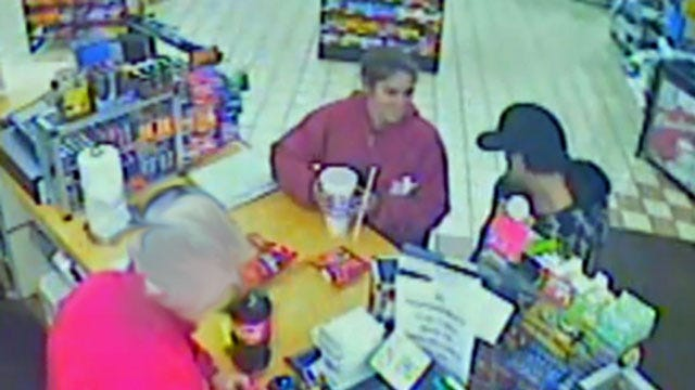 Tulsa Police Search For Couple Who Used Stolen Credit Card