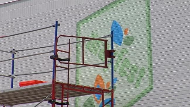 New Mayfest Mural Being Painted In Downtown Tulsa