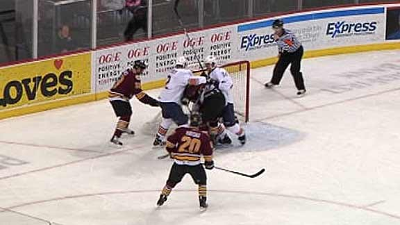 Barons fall to Wolves in Shootout