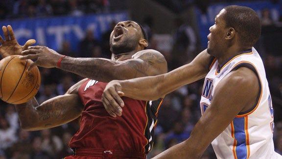 Durant Calls Chris Bosh ''Fake Tough Guy'' after Game