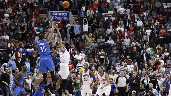 Kevin Durant's Late 3-Pointer Sends Thunder to OT Win