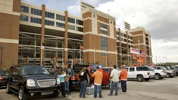OSU's Football 101 for Women Clinic Date Set