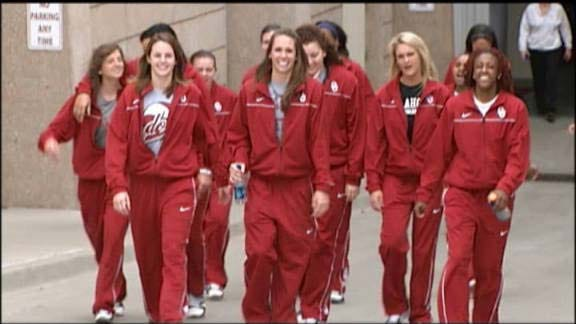 OU Women Leave Norman for NCAA Tournament