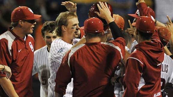 Sooners' Bats Stay Hot in Third Consecutive Win