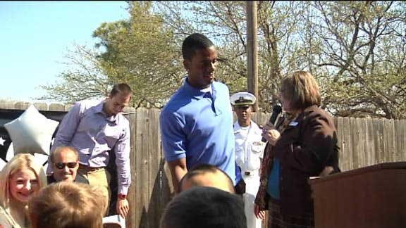 Sooners, Pros for Vets Team Up to Provide Local Garden