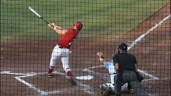 Sooners Remain Hot With Eight-Run Win