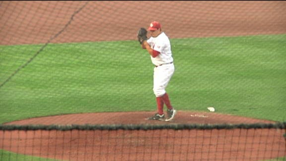 Sooners Start Series With Sixth Straight Victory