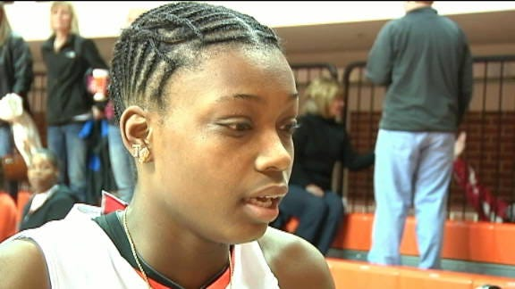 Source: OSU's Toni Young Breaks Arm During Practice