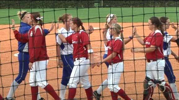 Tulsa Softball Beats Oklahoma in Pitchers Duel